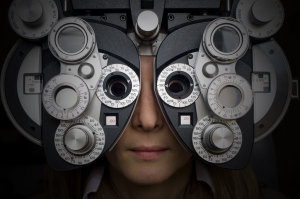 eye test at the doctors